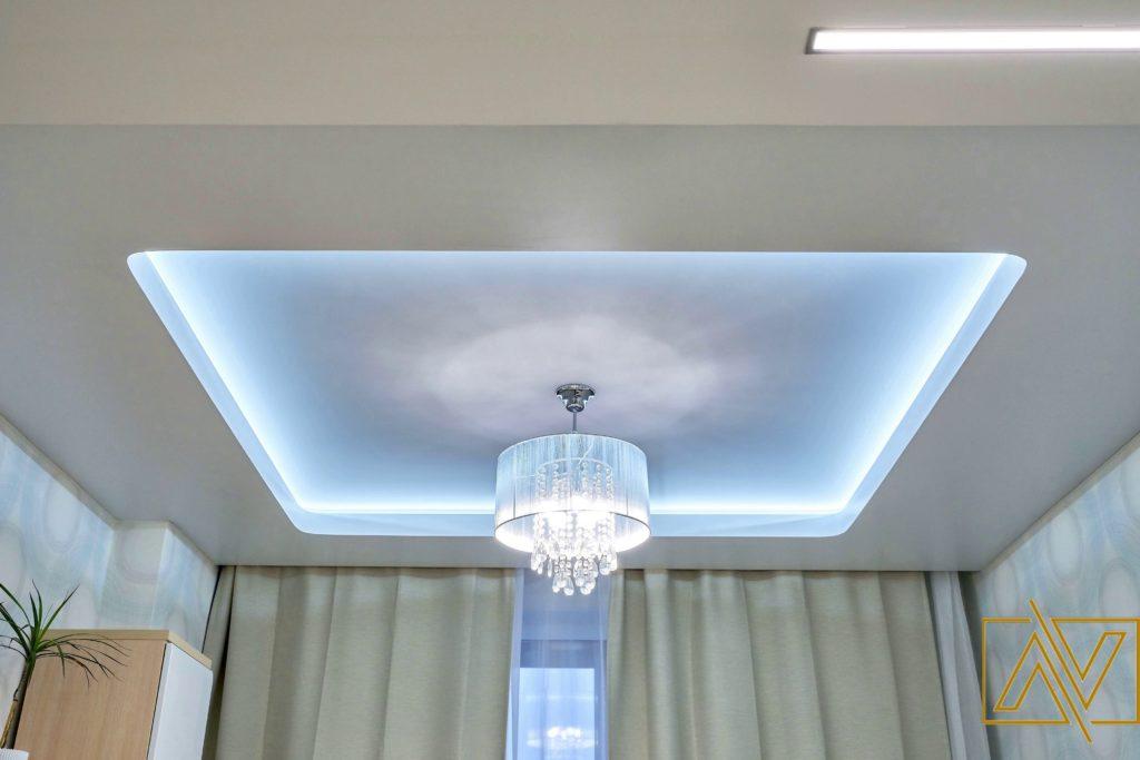 фото многоуровневых потолков с подсветкой вида выбранной